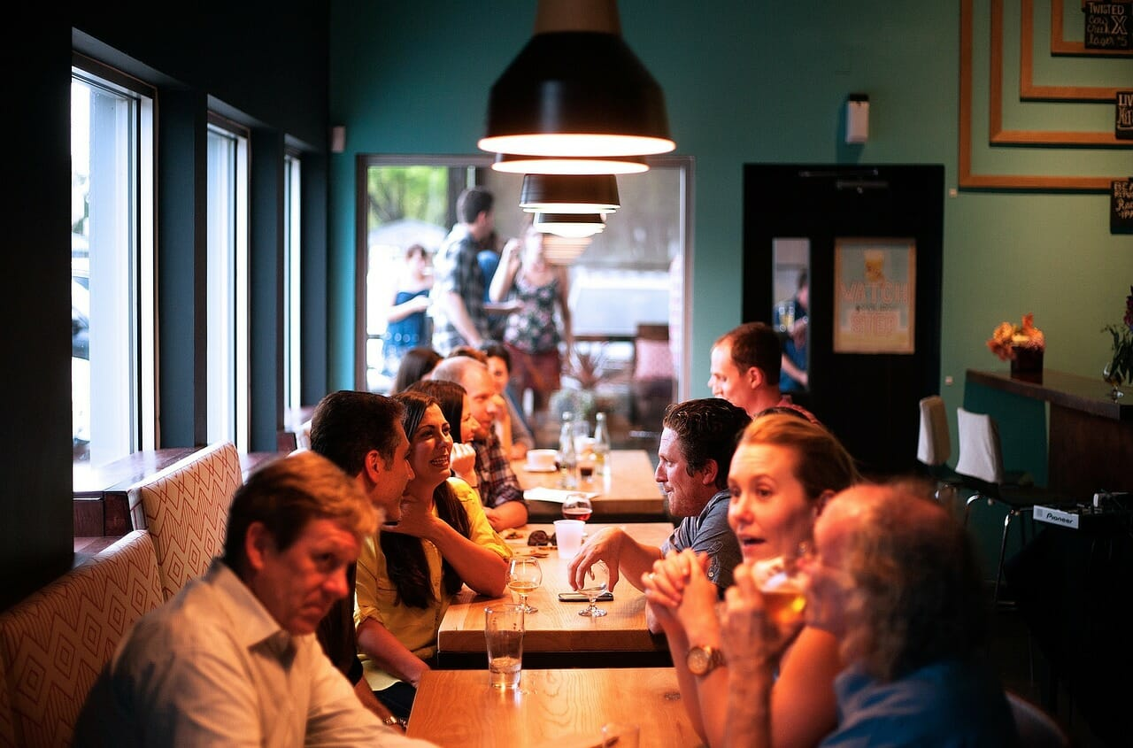 How to Save Money on Restaurants and Takeouts