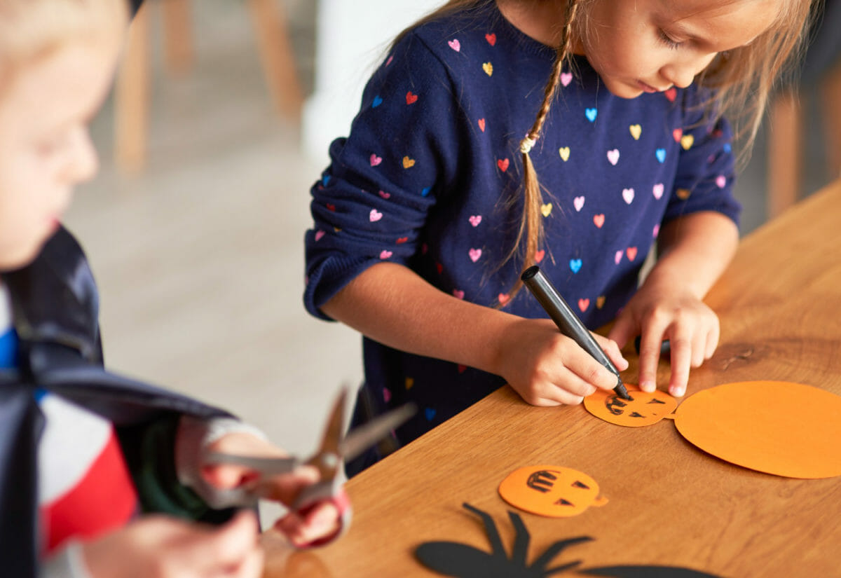 Enjoy This Year's Halloween on A Budget